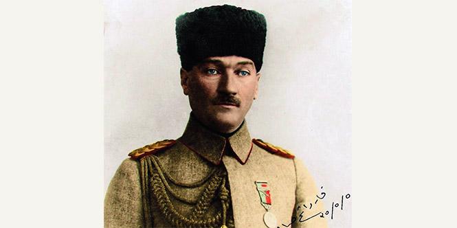 Bi̇r Askeri̇ Strateji̇st Olarak Mustafa Kemal Atatürk